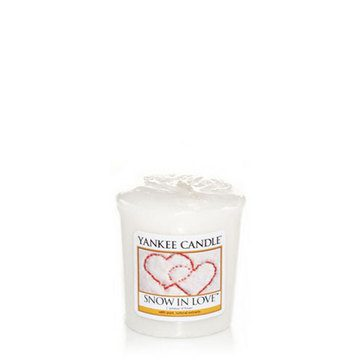 Yankee Votive Candle - Snow In Love