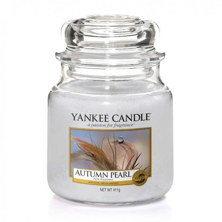 Yankee Medium Jar Candle - Autumn Pearl